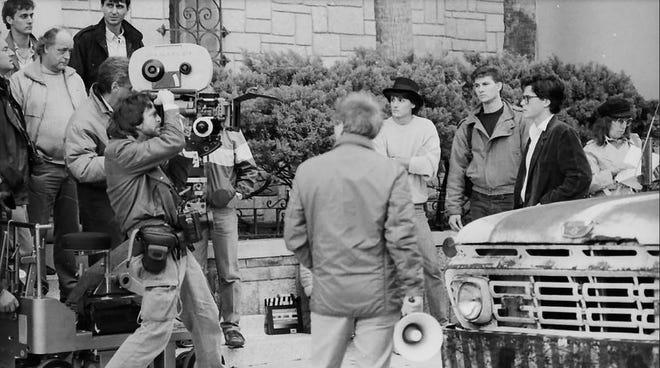 """Rob Lowe protagonizó la película de 1988 """"Tu ilegalmente"""" Dirigida por Peter Bogdanovich y filmada en San Agustín.  En una entrevista, Bogdanovi describió la película como la peor película que había hecho."""