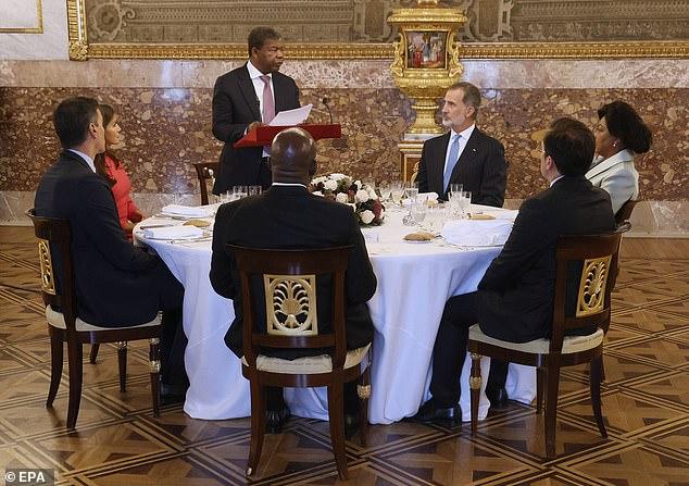 El presidente angoleño, Joao Manuel Goncalves Lourenco, fue fotografiado dando un discurso en el acto en el Palacio Real de Madrid esta tarde.