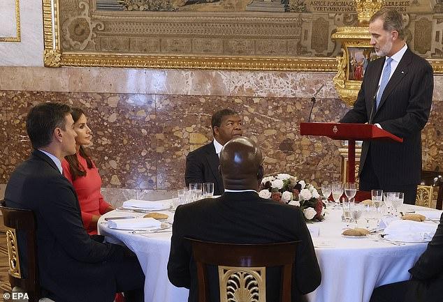 Una imagen del rey Felipe dando un discurso en el acto que se ha celebrado esta tarde en el Palacio Real de Madrid
